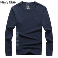 NIKE autumn and winter models round neck cotton loose men's sports round neck sweater Navy blue