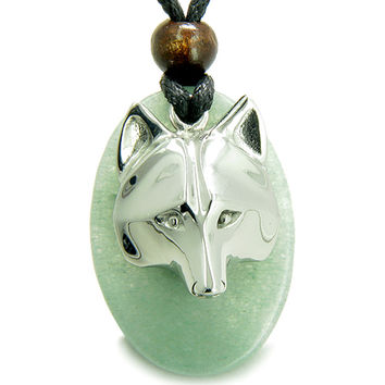 Amulet Protection Wise Wolf Mask Good Luck Green Quartz Pendant Necklace