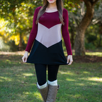 Colorblock Chevron Top, Burgundy