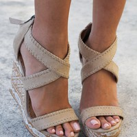 Remi Cream Wedges