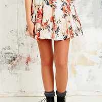 Kimchi Blue Felina Tiered Skirt in White - Urban Outfitters