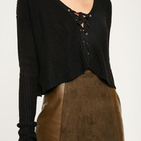 Missguided - Black Slouchy Lace Up Knitted Crop Jumper