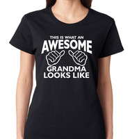 Black This Is What An Awesome Grandma Looks Like Crewneck Tee