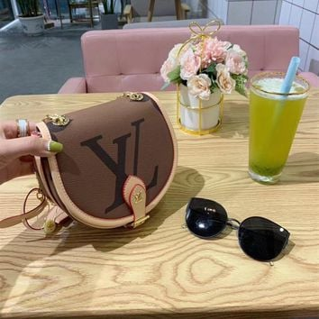 Louis Vuitton LV Shoulder bag