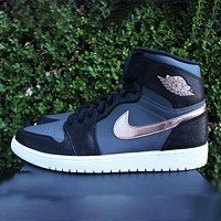 Nike Air Jordan 1 black and gray stitching fashion men's and women's casual sports high-top shoes