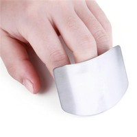 Finger guard Creative stainless steel chisel hand protector creative kitchen gadget finger guard multi-functional chopping finger protector.