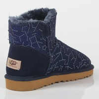UGG 2018 new short tube female models non-slip warm and velvet snow boots blue