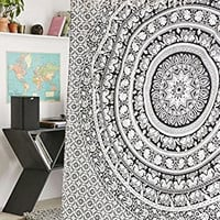 Gypsy Wildflower Mandala Tapestry Wall Hanging Indian Mandala Ombre Hippie Bohemian Boho Large Throw Cotton Bed Sheet Wall Hanging Tapestry Queen Double Kingsize 210x240 (1 Bedsheet with Two Pillow)