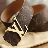 Louis Vuitton LV fashion printed gold and silver buckle belt hot seller for men and women's casual belts Black Belt+Silvery buckle
