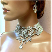 Bridal jewelry, Bridal choker statement necklace earrings, vintage inspired Victorian pearl crystal necklace, wedding jewelry set