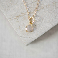 Dainty Gemstone Necklace in Moonstone