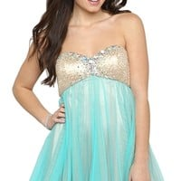 Dress with Sweetheart Neckline and Tulle Skirt