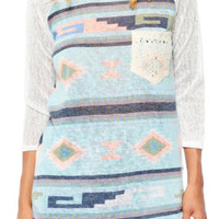 Chest lace pocket with tribal printed lightweight top