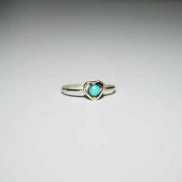 Vintage Heart Ring with Sterling Silver and Turquoise size 5 - FREE US Shipping