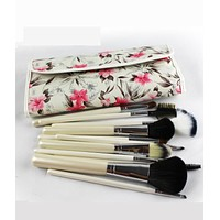 12 fancy makeup brushes