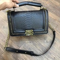 2019 ladies high-end atmospheric fashion snake tattoo portable diagonal package