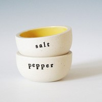 salt and pepper buttercup by paulova on Etsy