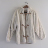 vintage toggle sweater coat / women's white winter coat with snowflakes // size s-m