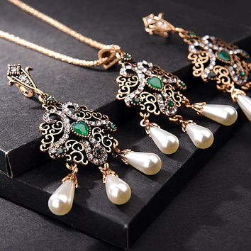 Pearls Ethnic Crystal Jewelry Sets