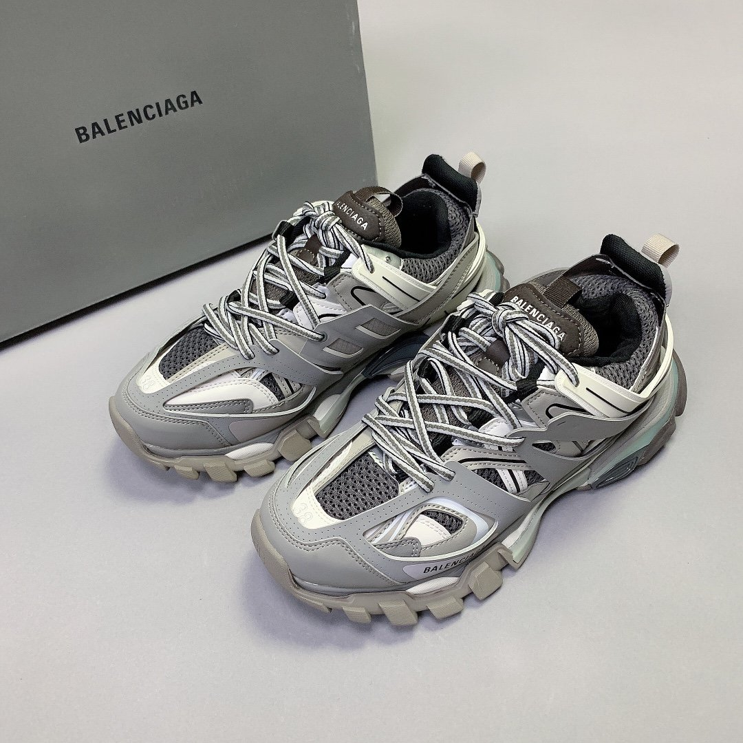 Image of Balenciaga Men's And Women's 2021 NEW ARRIVALS Triple-s Tess.s.Gomma Track 3.0 Sneakers Shoes