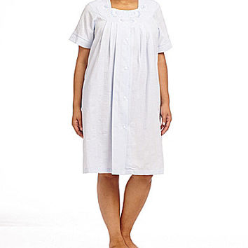 Miss Elaine Plus Solid Seersucker Short Grip Robe - Peri