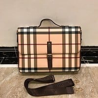 BURBERRY LEATHER HANDBAG INCLINED SHOULDER BAG