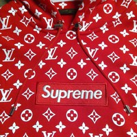 --LOUIS VUITTON-- x SUPREME Red Box Logo Hoodie Size Large