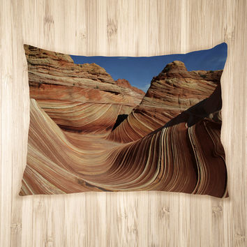 The Sandstone Wave Pet Bed
