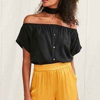 Urban Renewal Remade Off-The-Shoulder Silky Shirt - Urban Outfitters