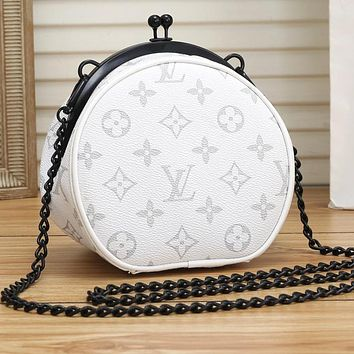 LV Louis Vuitton Women Round Type Shoulder Bag Round Buckle Coffe