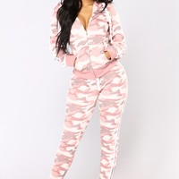 Camo Inside With Me Jogger - Pink